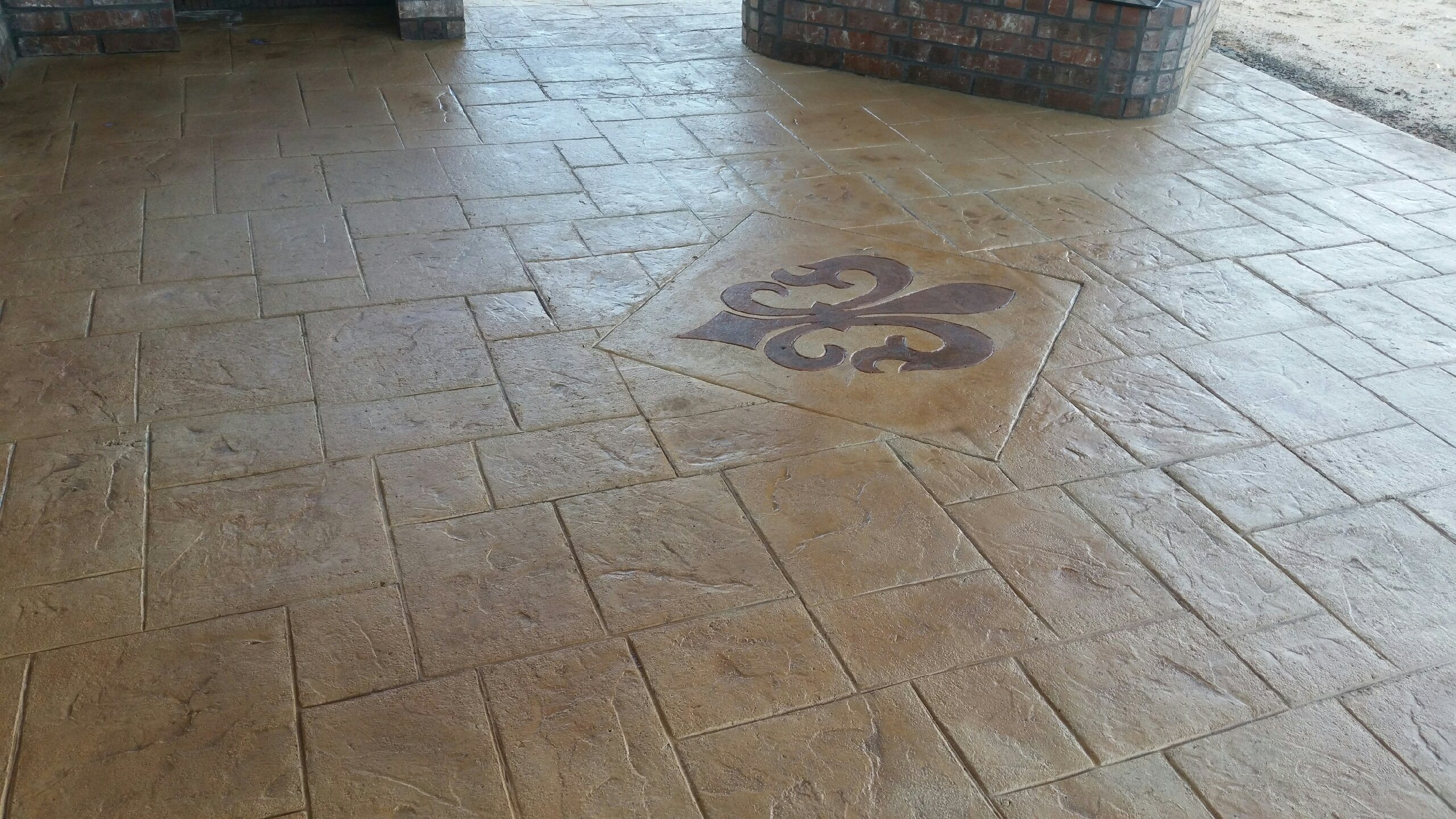 NewLook Stamped and decorative concrete width=